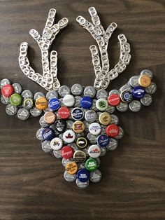 New Deer Bottle Cap Art - TheMississippiGif .New Deer Bottle Cap Art - TheMississippiGif . MBottle Stopper Images - Buffalo Plaid Theme with Deer. These measure 25 Diy Bottle Cap Crafts, Beer Cap Crafts, Bottle Cap Projects, Cork Crafts, Diy Arts And Crafts, Beer Cap Art, Beer Bottle Caps, Bottle Top Art, Garrafa Diy