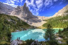 Lago del Sorapis | Cortina d´Ampezzo | Logo del sorapis, gruppo del sorapiss, rifugio, a.vandelli, belluno, cortina d'ampezzo, camminata, trekking, paseggiata, dito di dio, passo tre croci, ladinia, belluno, dolomiti, escursione | Val Badia e Alta Badia, escursioni, itinerari, camminare, passeggiate nella natura.