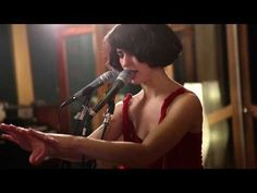 "Kimbra - ""Plain Gold Ring"" (Live at Sing Sing Studios)  This is jaw dropping, brain tingling, tear producing vocals. I LOVE Kimbra!"