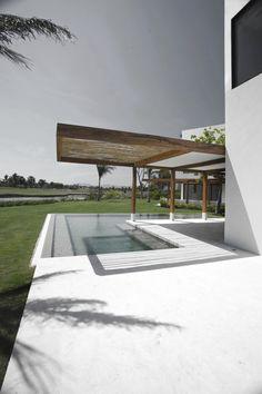 SC PTV House by Luis Aldrete Architects 2