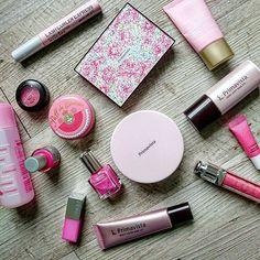 A round of makeup porn 😉 pink happiness  #japanesemakeup #makeup #pink #primavista #canmake #majorlicamajorca #mac #limitededition #laneige #clinique #diormakeup