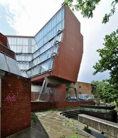AD Classics: Florey Building / James Stirling | ArchDaily