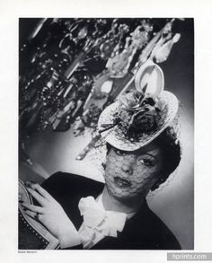 Rose Valois (Millinery) 1941 Photo Harcourt