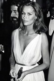 Beauty. Lauren Hutton...one of my name sakes.