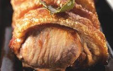 Χοιρινό ψητό στη γάστρα - http://goo.gl/v245Xv