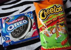 2 favorite snacks. That hot Cheetos w/ limon go hard.