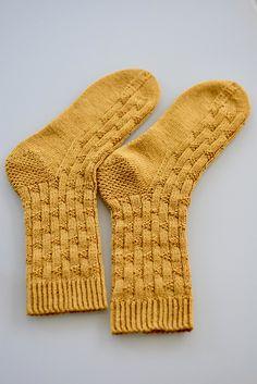 Ravelry: Sana socks pattern by Zsuzsanna Orthodoxou Crochet Socks, Crochet Yarn, Knitting Socks, Knitted Socks Free Pattern, Knit Socks, Lang Yarns, How To Start Knitting, Yarn Brands, Jumpers For Women