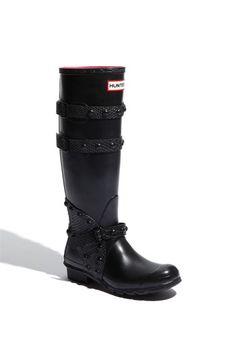 Hunter 'Festival' Rain Boot available at Fashion Black, Fashion Shoes, Autumn Winter Fashion, Fall Fashion, Stylish Rain Boots, Rain Shoes, Seat Belts, Hunter Rain Boots, Festival Style