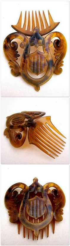 Mid Victorian Hair Comb Hinged Carved Natural Horn.