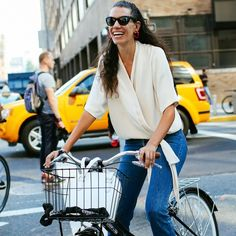 Fashionable women out and about on bikes via @bikepretty