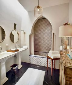 33 Beautiful Moroccan Bathroom Decor Ideas - It may not always seem important, but the bathroom is a part of the home that everyone spends time in. And even though it's not the main focus of the . Bad Inspiration, Bathroom Inspiration, Bathroom Ideas, Bathroom Organization, Bathroom Storage, Bathroom Cleaning, Bath Ideas, Shower Ideas, Modern Bathroom Design
