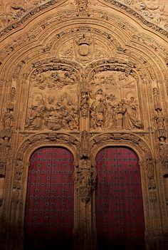 Portada del nacimiento de la Catedral Nueva de Salamanca