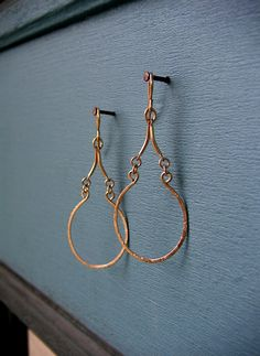Items similar to Long Gold Double Teardrop Earrings - Hammered Gold Teardrop Hoops - Lightweight Hoop Dangles - Gold Fill Drop Earrings - Artisan Jewelry on Etsy Copper Jewelry, Wire Jewelry, Jewelry Crafts, Wire Wrapped Jewelry, Jewellery, Bridal Jewelry, Jewelry Ideas, Wire Earrings, Teardrop Earrings