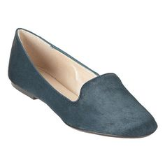 """These come in purple!!!!! Round toe smoking flat.  1/4"""" heel."""