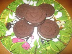 Domácí OREO sušenky. Z uvedené dávky vyjde 39 kusů. Autor: Hanka
