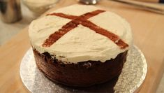 TM 250315 cookery hot cross bun cake