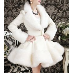 Elegant Turn-Down Collar Faux Fur Embellished Long Sleeve White Ruffle Coat For Women