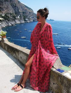 Summer Kaftan- we have places like this in SF, all I need now is a kaftan and I can go lounge like this and take pics :)