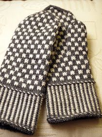 Knit Or Crochet, Knitting Projects, Mittens, Gloves, Men Sweater, Textiles, Socks, Sweaters, Tuli