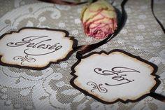 Esküvői széktábla, választható színnel és felirattal. http://www.popupwedding.hu Facebook: Pop-up Wedding
