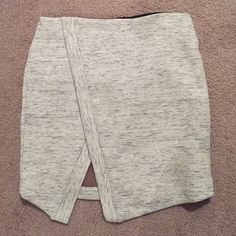 NWT Skirt Forever 21 skirt. Never worn before. It's really cute on it just didn't fit me. Heather grey. Forever 21 Skirts Mini