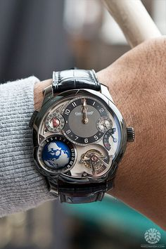 Greubel Forsey Tourbillon (gotta just love that tourbillon action!)