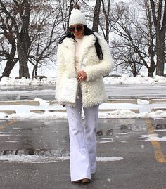 GlamorChic: WINTER WHITE #fashion #ootd #white #style #trendy White Style, Winter White, White Fashion, New Trends, Fur Coat, Fashion Photography, Ootd, Jackets, Down Jackets