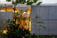 Spbr Arquitetos, Nelson Kon · House In Ubatuba
