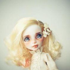 summer flower #faceup #dollrepaint #repaint #monsterhigh #everafterhigh #ooak #doll #ooakdoll
