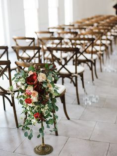 This made me think of how I'd like to decorate the nave in the church. - RT Marsala, Wedding Flower Arrangements, Flower Bouquet Wedding, Floral Arrangements, Flower Bouquets, Flower Centerpieces, Cheap Wedding Flowers, Floral Wedding, Wedding Isle Decorations