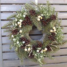 Xmas wreath / Couronne de sapin & symphorine. Made in l'Atelier Flore Ever