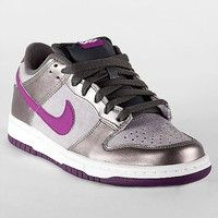Nike 6.0 Dunk Low Shoe - Women's Shoes | Buckle Frickin want these shoes!!