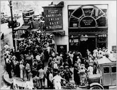 1930. U.S. // The banks failed. More than 1000 banks went out of business this year.