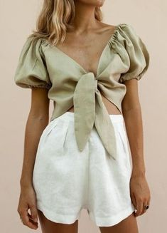 V-Neck Knotted Puff Sleeves & Shorts Suit – styleyoyo Suit Fashion, Fashion Week, Look Fashion, Fashion Outfits, Fashion Design, Womens Fashion Online, Latest Fashion For Women, Mode Outfits, Casual Outfits