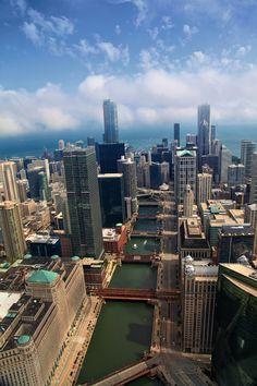 Chicago River http://www.lazymillionairesleague.com/c/?lpname=enalmostpt&id=voudevagar&ad=