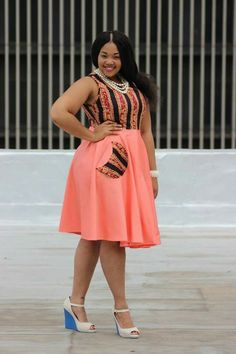Plus size fashion for curvy women is evolving into the catchphrase of the century with more and more designers opening up new apparel lines for catering to those extra inches in style. Latest African Fashion Dresses, African Print Dresses, African Print Fashion, Africa Fashion, African Dress, African Attire, African Wear, African Traditional Dresses, Girl Fashion