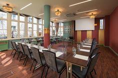 www.dobryhotel.com; www.hotelarkonpar...; www.villaaqua.pl; www.rozanygaj.pl; www.sedan.pl; www.hotelbonum.pl; www.hotelgrandcru.pl; www.hotelunicus.pl