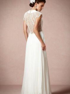 BHLDN Ortensia Gown Size wedding dress #weddingdresss #lace #bride