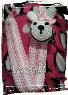 Chupetero conejita en rosa y blanco
