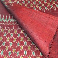 100% Thai Silk Fabric Mudmee Handwoven with 6-ply Authentic Silk (Red Base) - http://www.specialdaysgift.com/100-thai-silk-fabric-mudmee-handwoven-with-6-ply-authentic-silk-red-base/