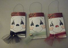 snowman gift bags (made from toilet paper holders)