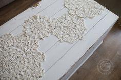 Szydełkowy bieżnik z serwetek   Crochet table runner made of doilies #owoceszycia