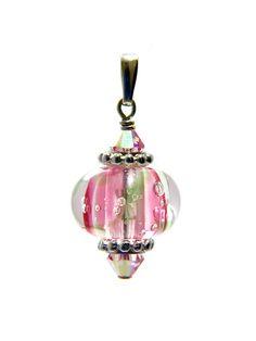 Omnipot Furnace -- ヴァレリー(8) ロータス Lampwork Beads, Christmas Bulbs, Holiday Decor, Pretty, Christmas Light Bulbs
