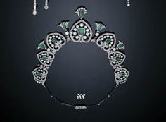 an art deco diamond and emerald tiara/necklace sold last century by Christie's. Featuring seven diamond anthemion motifs each with a central emerald Expensive Stones, Emerald Necklace, Royal Jewelry, Art Deco Diamond, Tiaras And Crowns, Georgian, Convertible, Jewelry Making, Gems