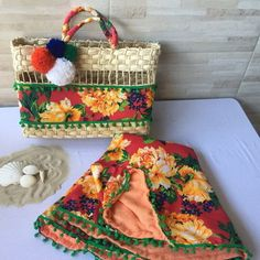 Beach Stores, Handmade Bags, I Tattoo, Straw Bag, Diy And Crafts, Picnic, Basket, Homemade, Quilts