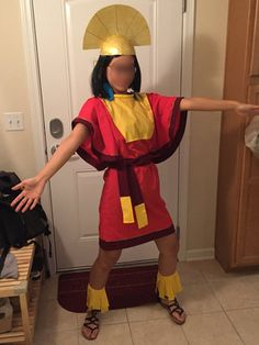 https://www.evafoo.com/littleprojects/2017/2/21/costume-diy-kuzco-the-emperors-new-groove    GUIDE FOR KUZCO COSTUME