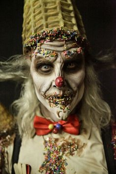 I love this show.  This episode had the scariest makeup.  This picture almost gave me nightmares.