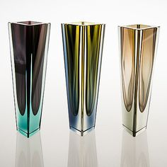 Kaj Franck, A set of six signed 'Prisma' vases. Glass Design, Design Art, Shattered Glass, Resin Material, Vintage Vases, Nordic Design, Lassi, Murano Glass, Sculpture Art