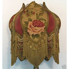 Victorian Lampshade.  I love this......covet.