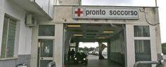 Salerno. Choc al pronto soccorso del Ruggi: idraulico si uccide lanciandosi dalla finestra al terzo piano
